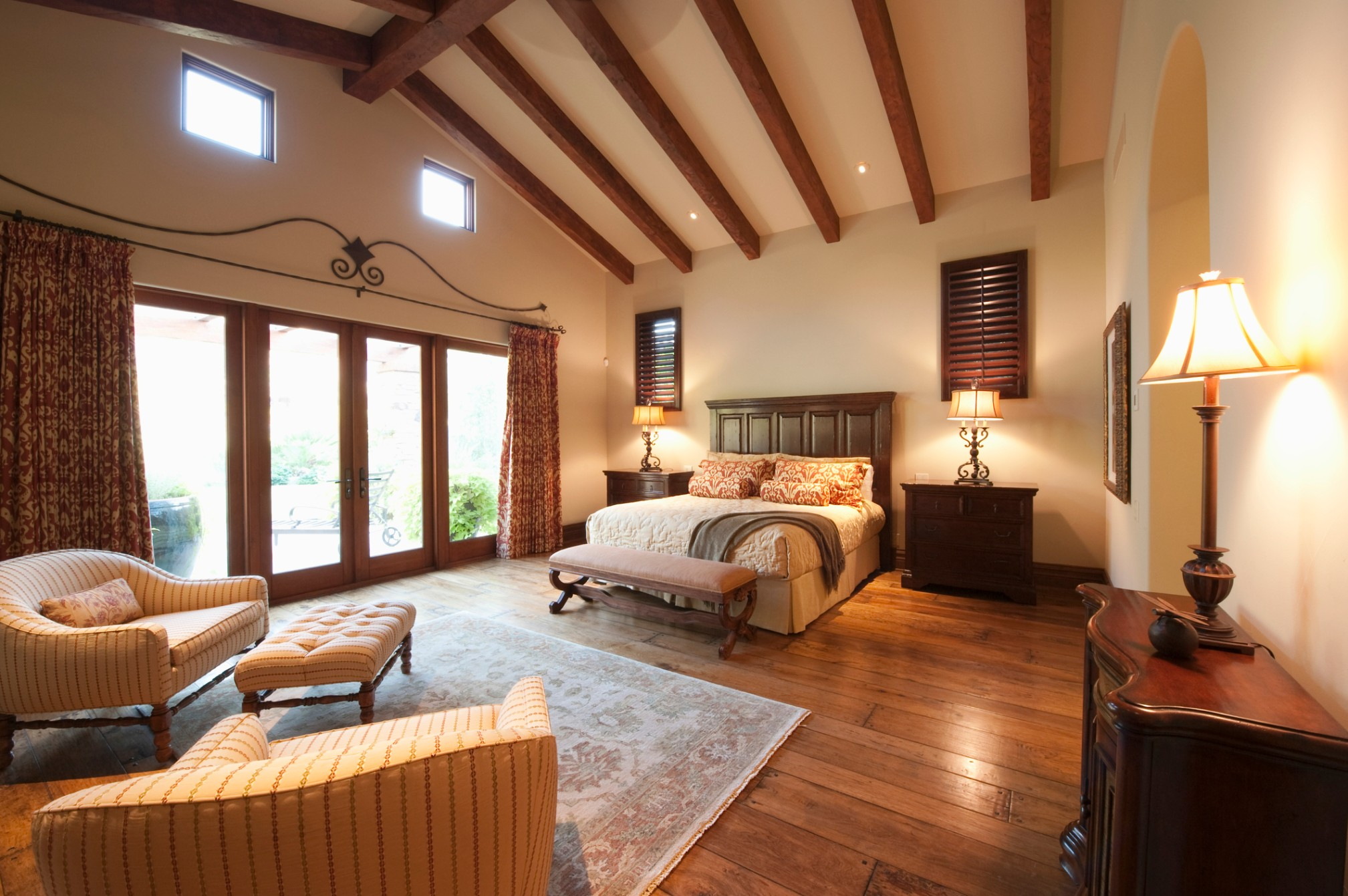 Finding Your Perfect Ceiling Design